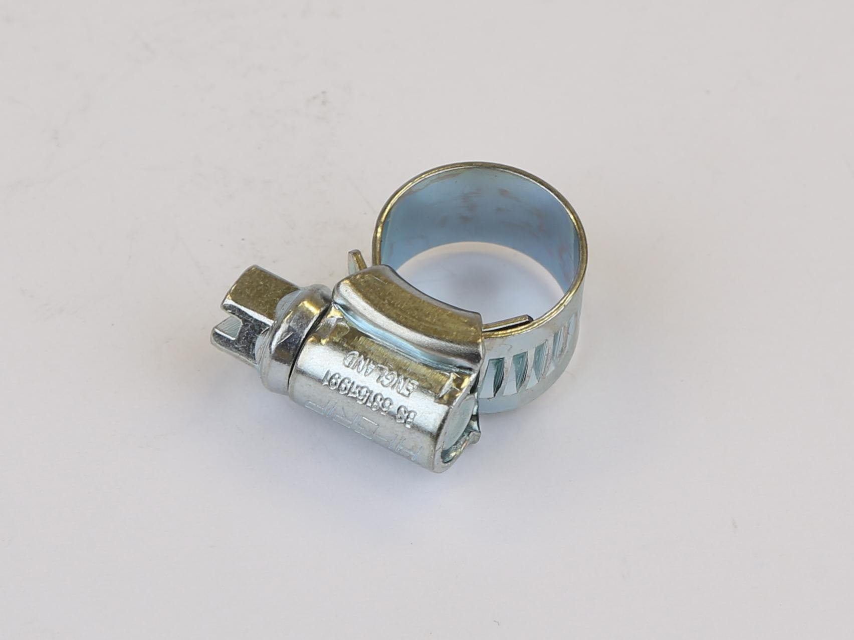 000 hose clip